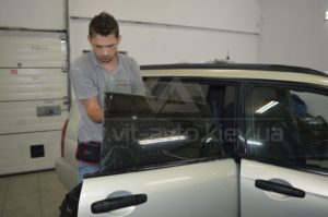 Тонировка стекол на Subaru Forester фото 4