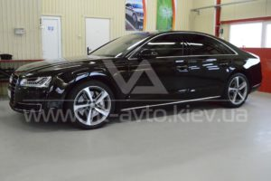 Фото защиты кузова Audi A8 пленкой и керамикой - 5