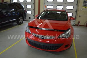 Фото антигравийной защиты кузова Opel Astra GTC - 5