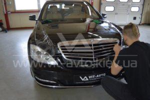 Фото антигравийной защиты кузова Mercedes w221 - 2