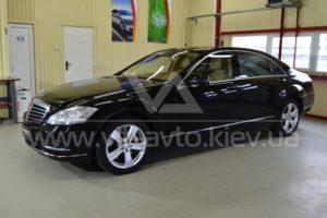 Фото антигравийной защиты кузова Mercedes w221 - 7