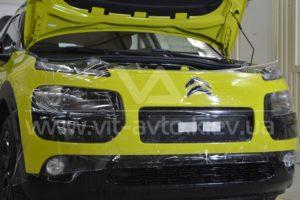 Фото защиты кузова Сitroеn C4 Сactus антигравийной пленкой - 4